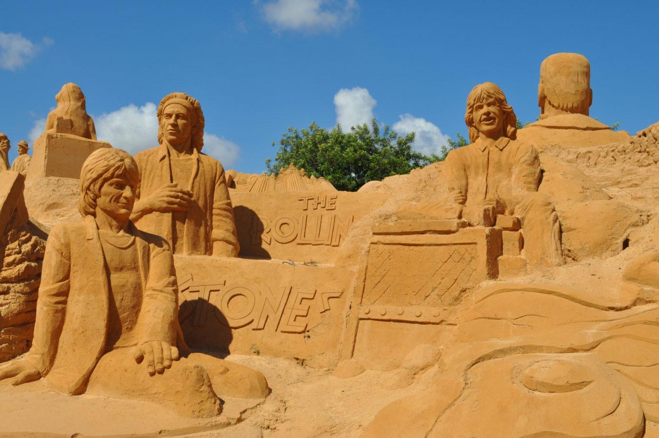 landscape-sand-rock-desert-monument-formation-921594-pxhere.com